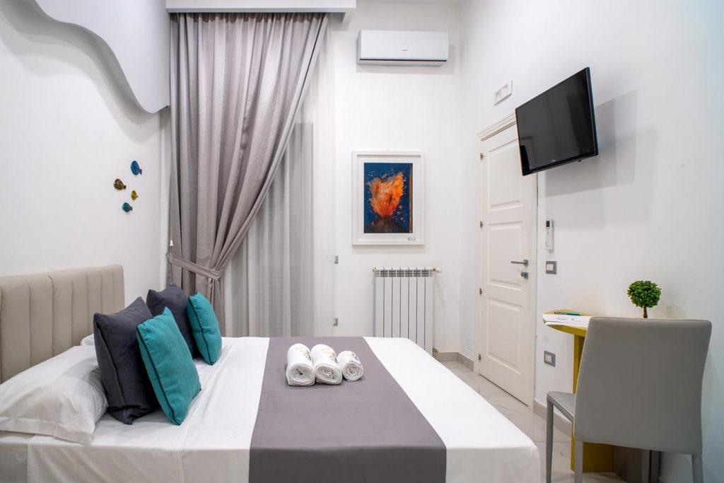 Room Ischia